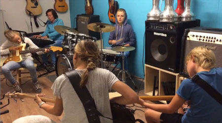 Band_repetitie_pubers rockfort
